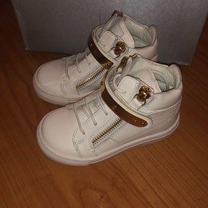 Other - giuseppe zanotti kids shoes euro size 23